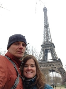 The quintessential Paris couple shot