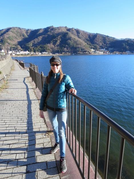 the path around the lake