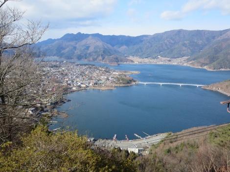 at the top we were rewarded with stellar views of lake kawaguchi