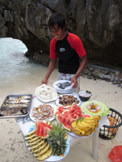 another tasty lunch on the beach