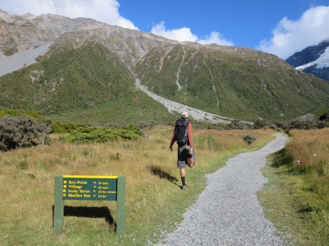 stretching the legs out before we start the mueller hut route