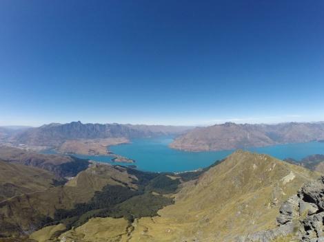 more views of lake wakatipu