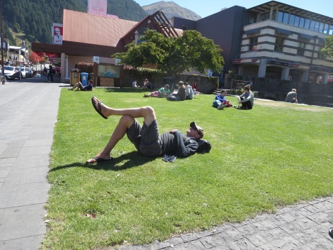 just chillin' in queenstown