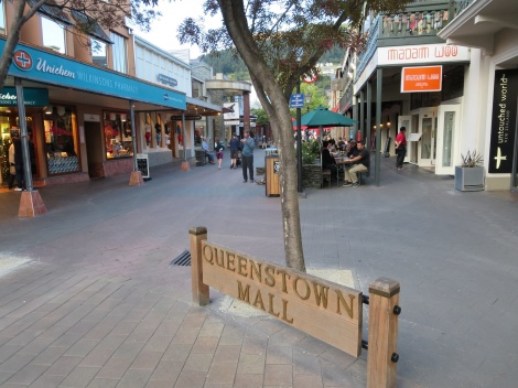 queenstown pedestrian mall