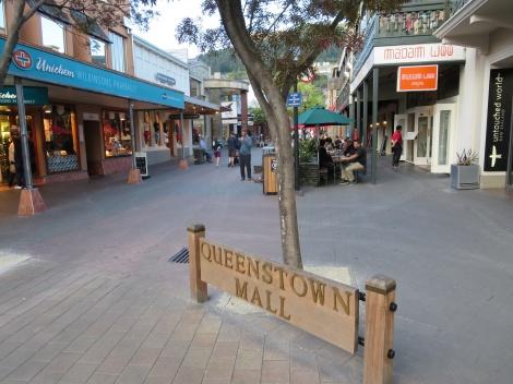 queenstown pedestrian mall