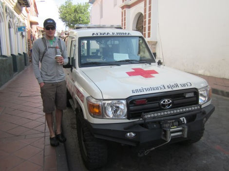 the ecuadorian red cross drive pretty cool toyotas...brian bergeler this picture is for you!